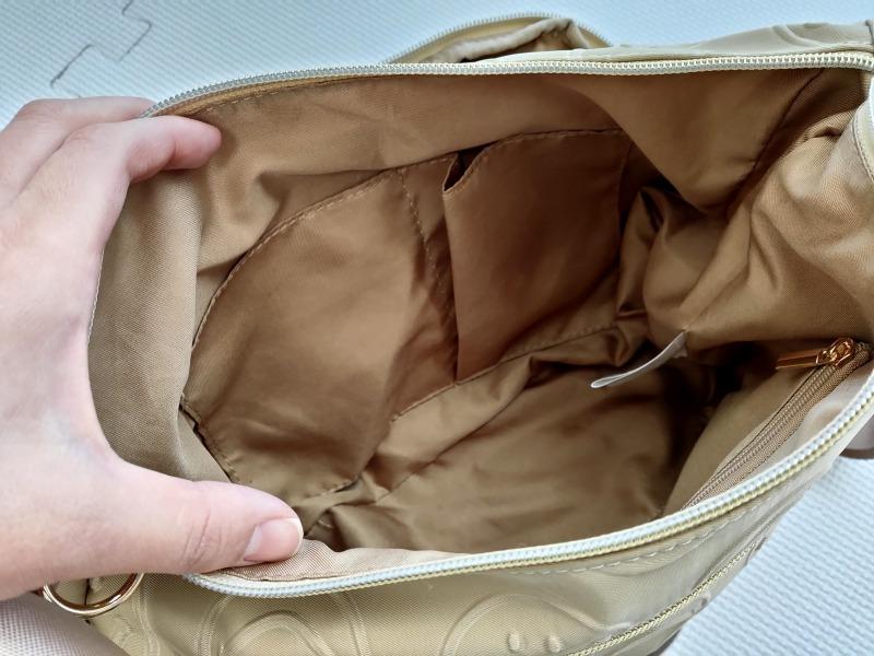 スマイリーショルダーバッグ内ポケット